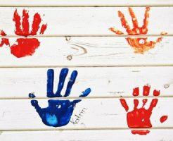 子供の手形ペイント
